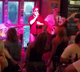 Goldfish band on stage